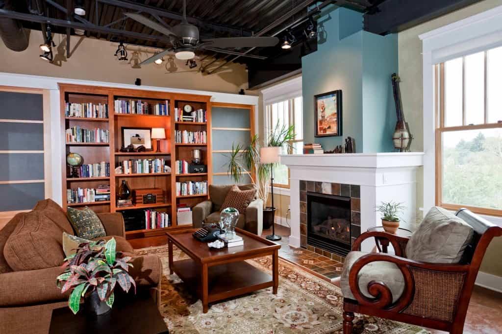 Family Room & Custom Bookshelf