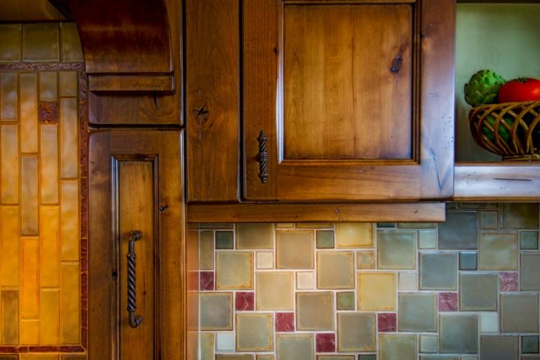 Backsplash For Knotty Alder Cabinets 2015 Home Design Ideas