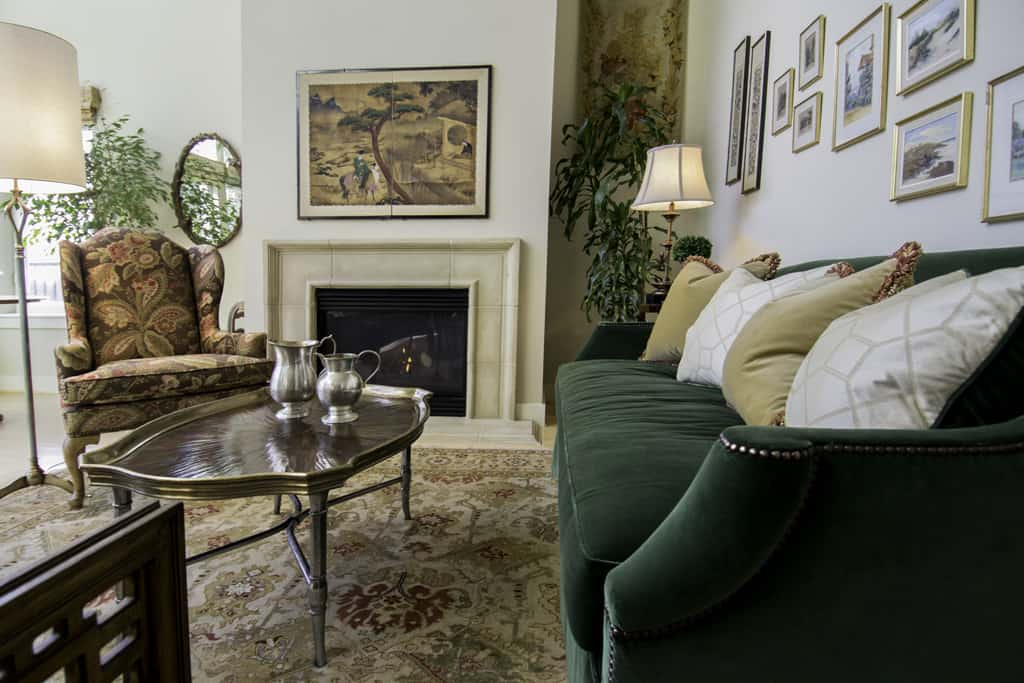 English Traditional Living Room Portland Oregon