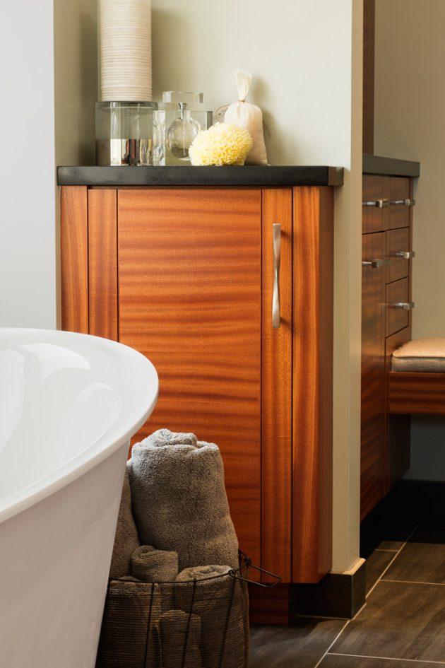 Cedar Mills Master Bathroom Accessories